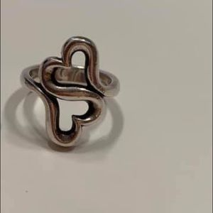James Avery Heart To Heart Ring.